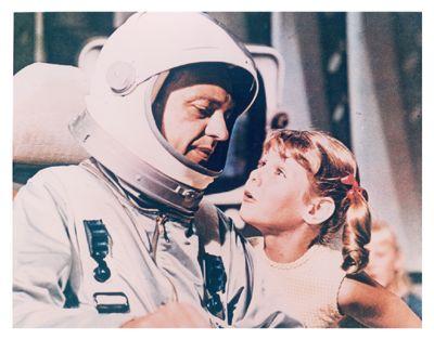 reluctant_astronaut_01c
